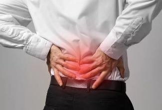 защемлением корешков спинномозговых нервов.