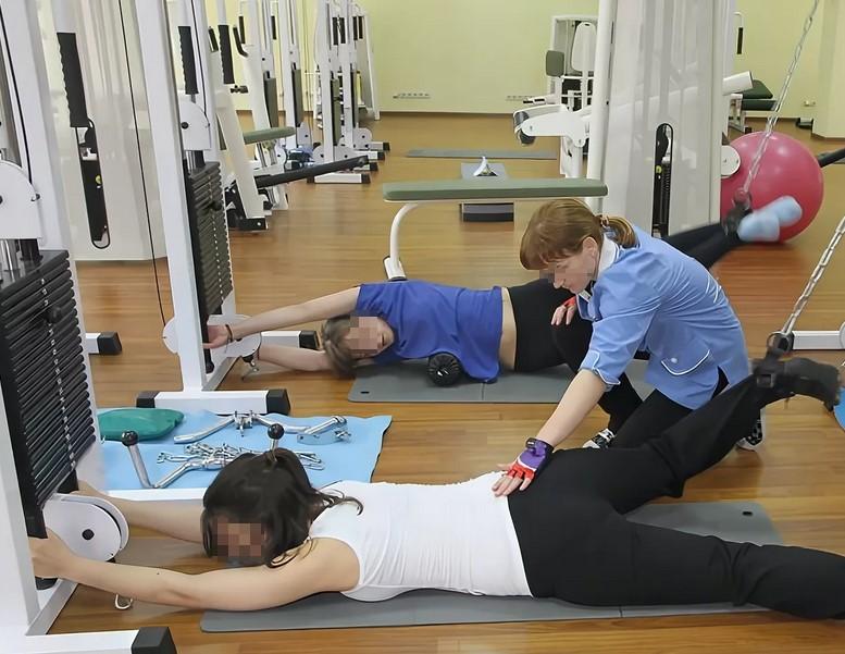 Регулярное занятия фитнесом при боли в спине