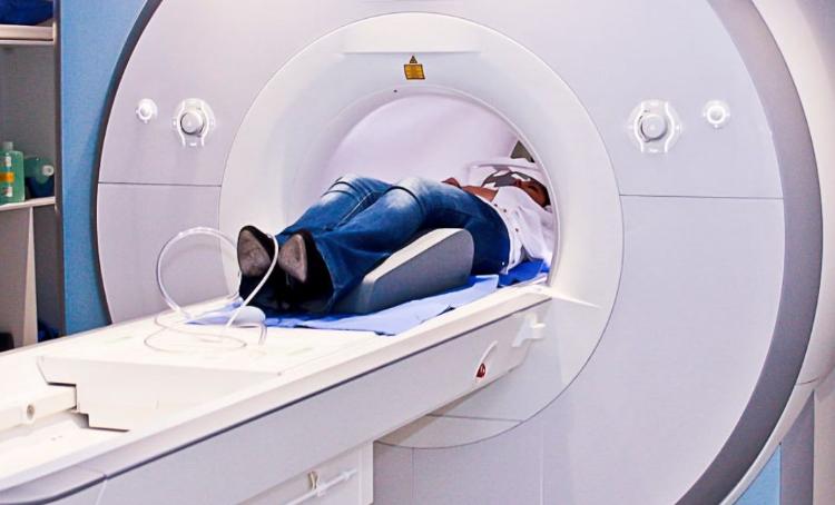 магнитно-резонансная томография поврежденного отдела позвоночника
