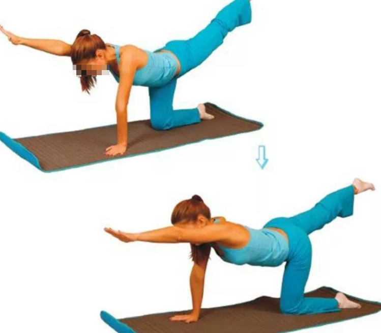 Вытягивание ног для укрепления спины.