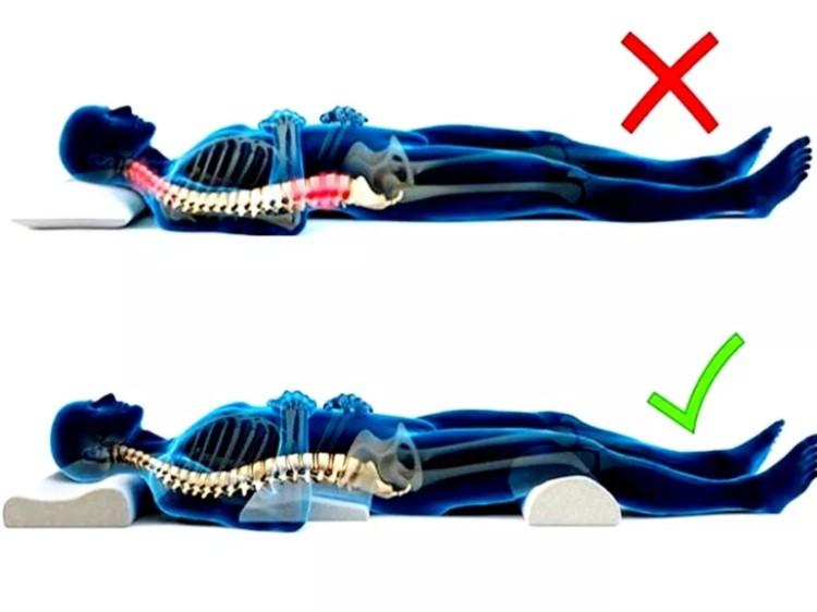 Правильное положение тела во сне при поясничном остеохондрозе.