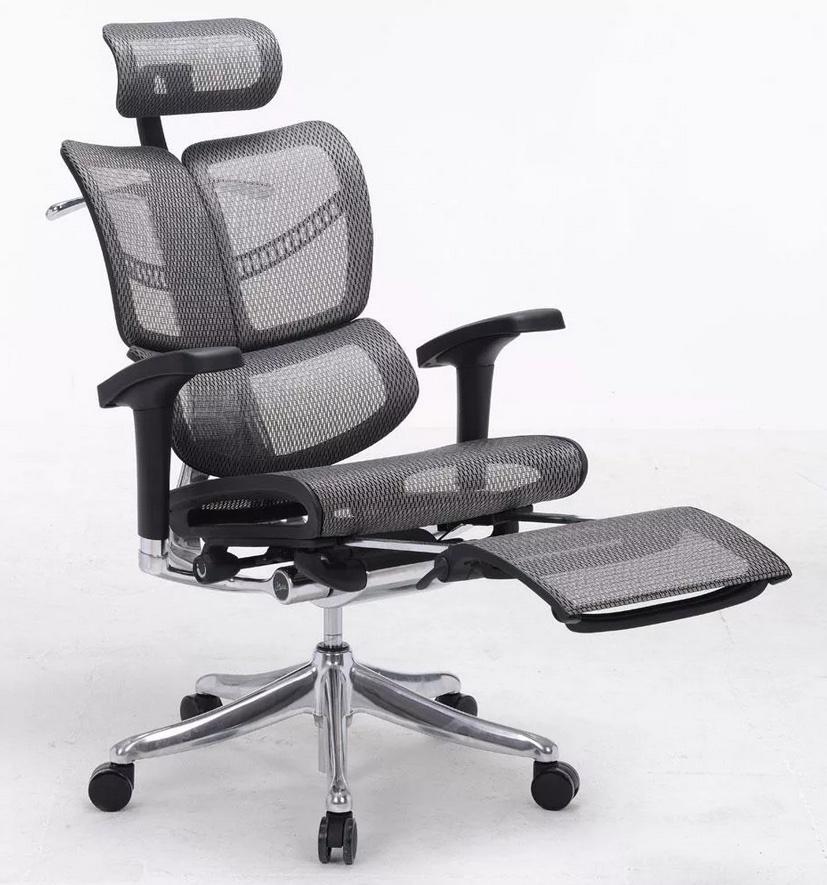 Кресло для работы за компьютером в котором удобно сидеть